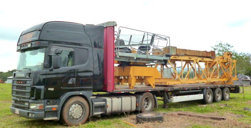 Tracto Camión  con Carreta